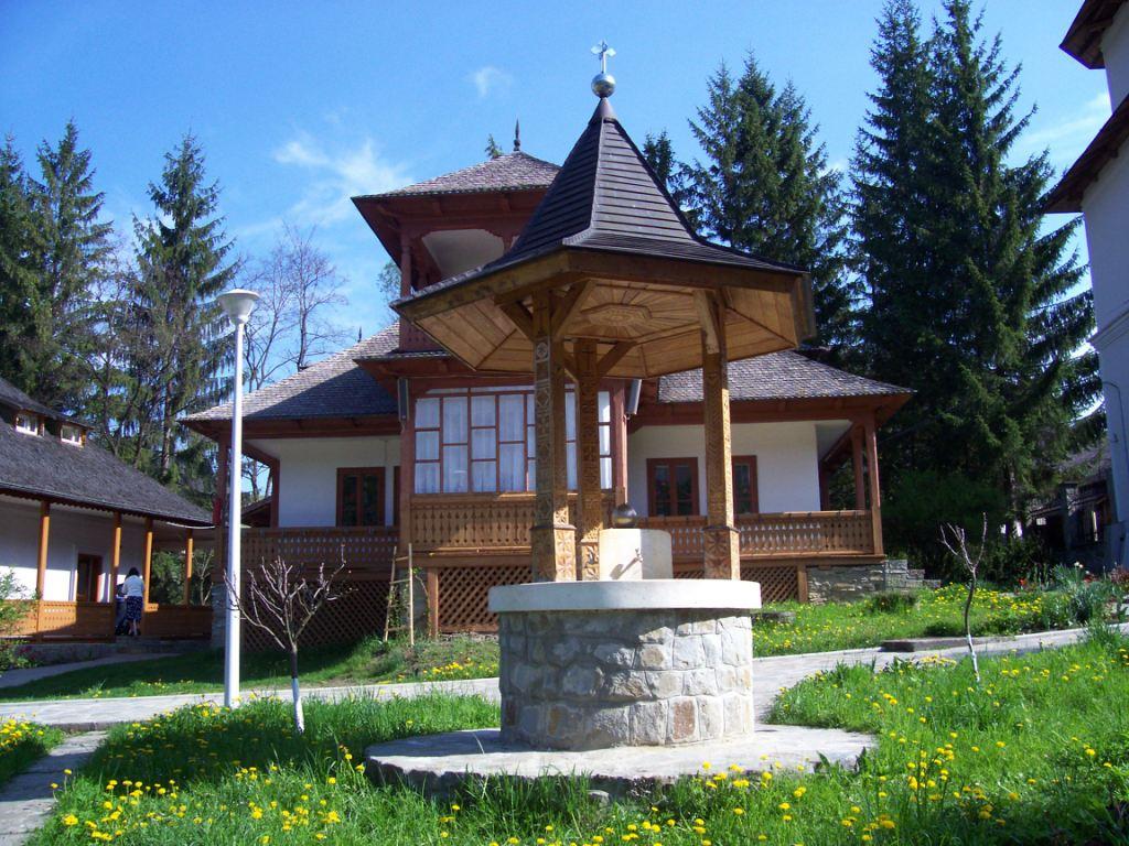 manastirea_Durau_5
