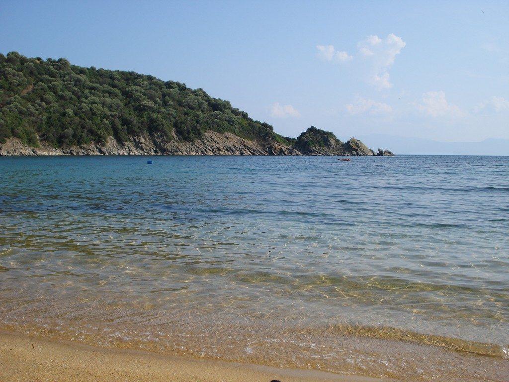 plaja Amouliani