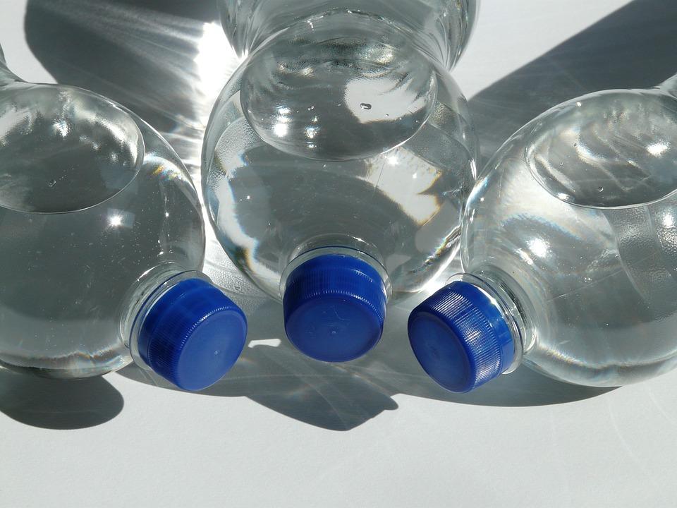 recipient cu apă caldă
