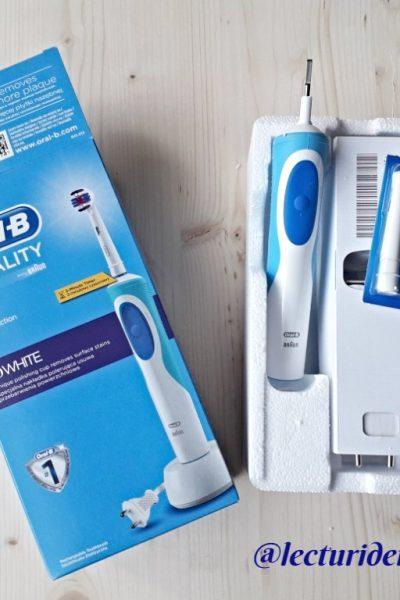 cum înveți copilul să se spele pe dinți